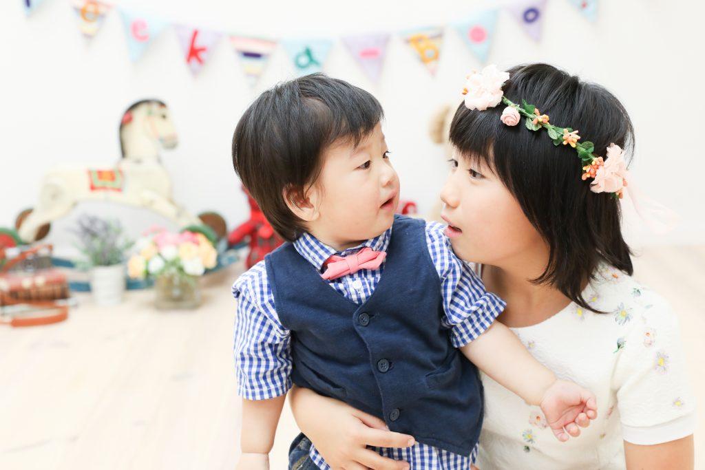 【バースデイ】1歳男の子と8歳女の子