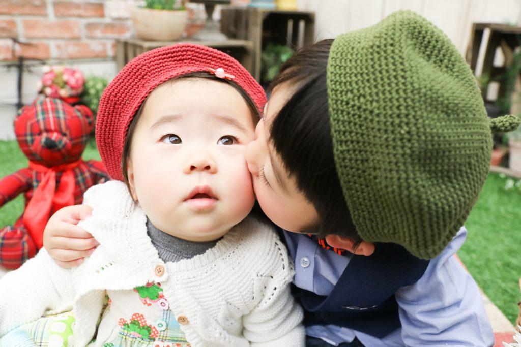 【バースデイ】3歳と1歳の兄妹
