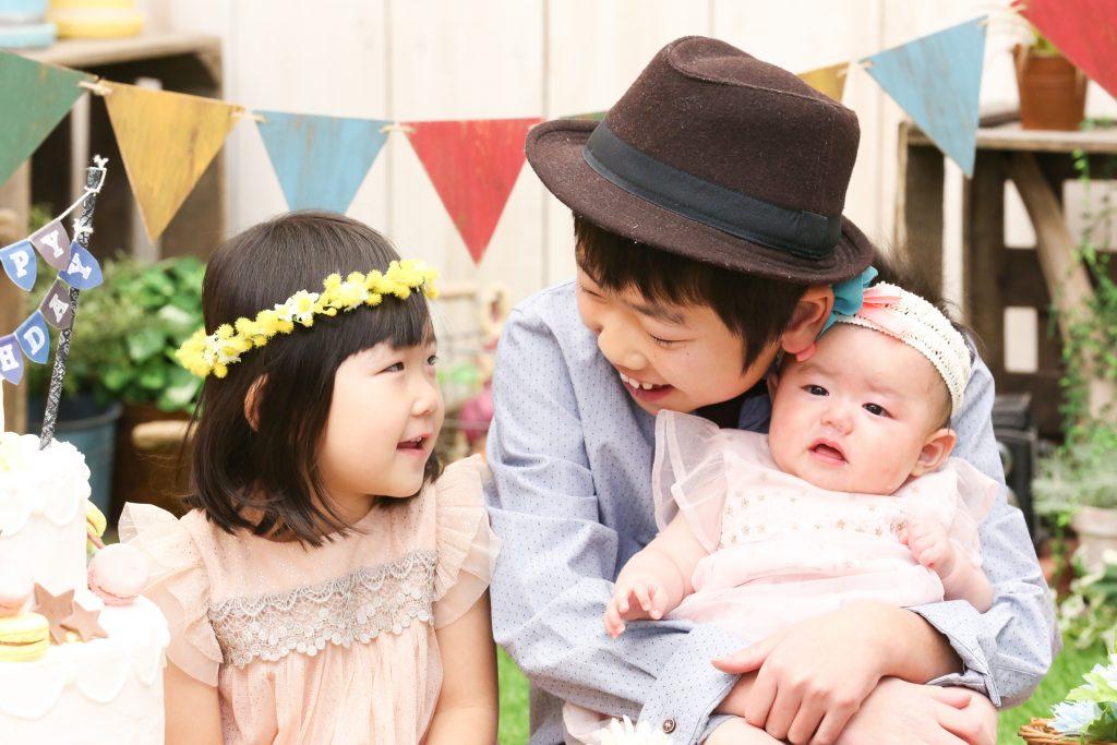 【100日記念・バースデイ】4か月女の子 2歳女の子 11歳男の子