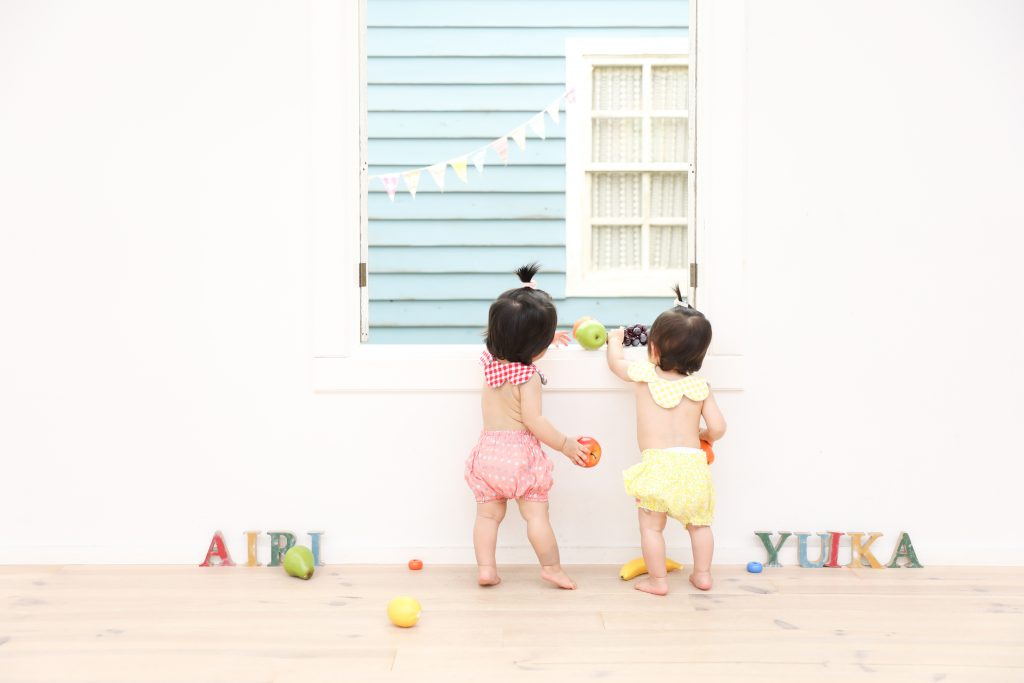 【バースデイ】1歳双子の女の子