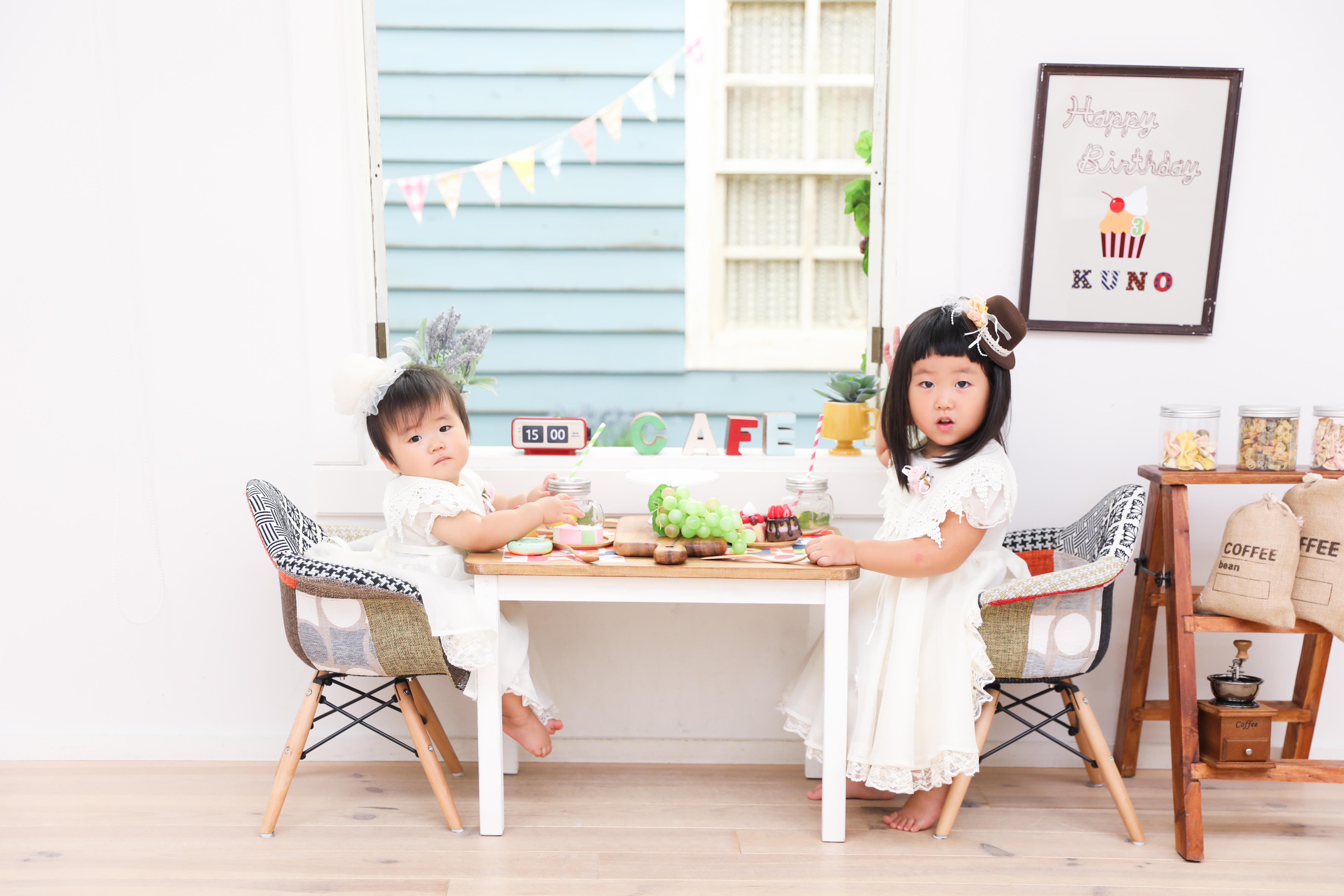 【バースデー】0歳・3歳の姉妹
