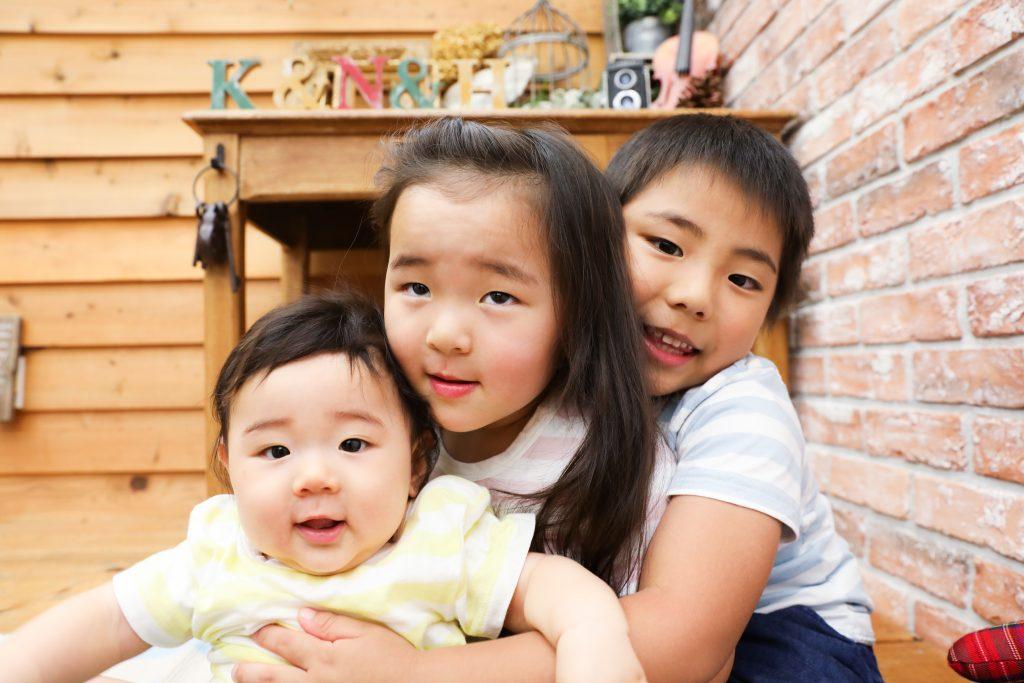 【バースデイ】0歳・3歳・5歳の兄妹
