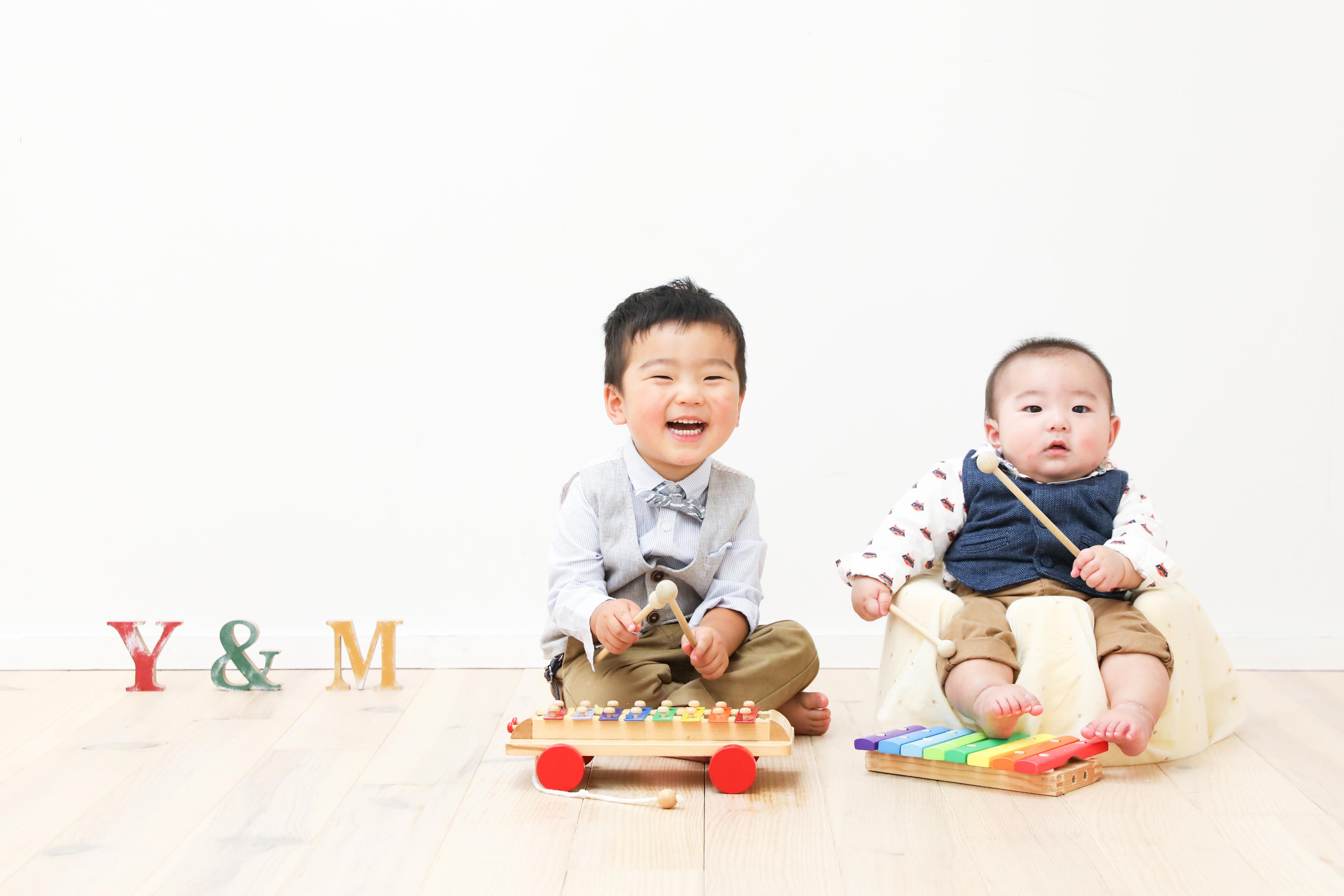 【ハーフバースデー】2歳・0歳の兄弟