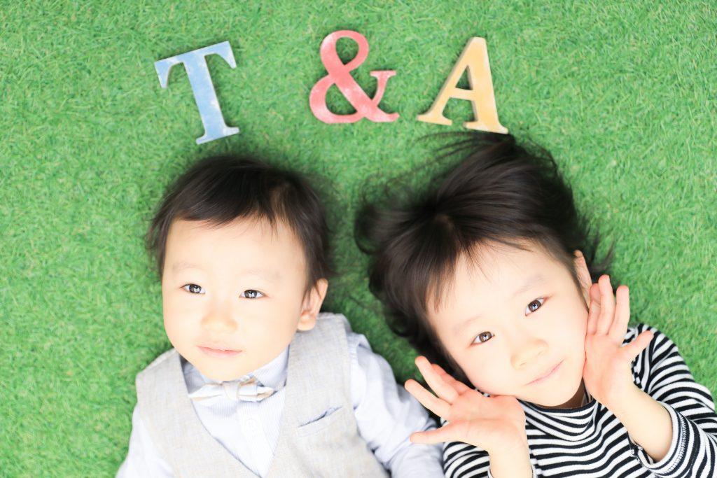 【記念写真】5歳女の子と2歳男の子