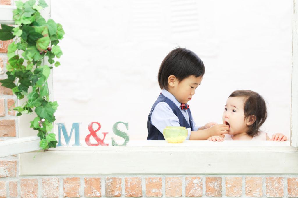 【バースデイ】1歳女の子・3歳男の子