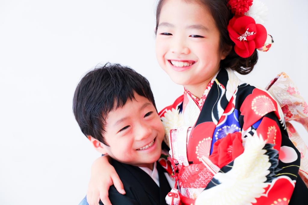 【753】5歳男の子・8歳女の子